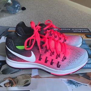 Nike training running shoes women 8 US